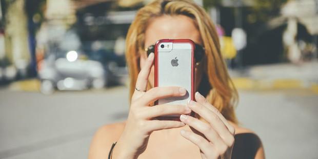 Hãy nhớ 6 mẹo sau để video luôn đẹp khi quay phim trên iPhone - Ảnh 1.