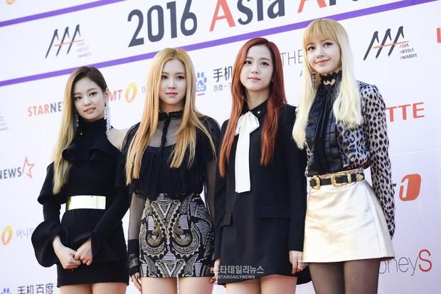 Bạn cùng nhóm nhỡ mồm tố Jennie Kim được stylist thiên vị nhất trong Black Pink - Ảnh 3.