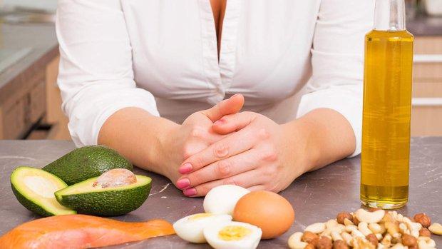 Ăn kiêng theo chế độ Ketogenic: Giảm cân hiệu quả lại còn tốt cho sức khỏe - Ảnh 1.