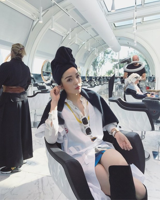 Tới Milan Fashion Week, Kỳ Duyên đầu tư kỹ lưỡng và xuất hiện ngay trên hàng ghế đầu show Moschino - Ảnh 11.
