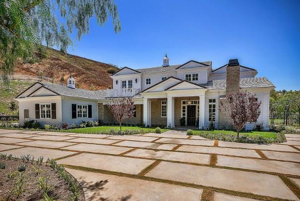 kylie-jenner-6-million-mansion-house-hom
