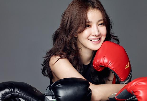 Bị chê tơi tả, tiểu Taeyeon vẫn vượt mặt cả nữ thần Hậu duệ mặt trời và Kim Tae Hee về độ danh tiếng - Ảnh 3.