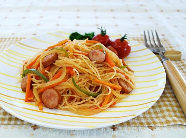 Napolitan Spaghetti - nghe thì tưởng món Ý nhưng đây lại là mì Nhật đấy - Ảnh 1.