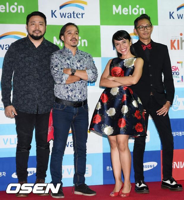 Thảm đỏ Asian Song Festival: Đông Nhi được báo Hàn khen ngợi hết lời, sánh bước bên loạt sao thế giới - Ảnh 17.