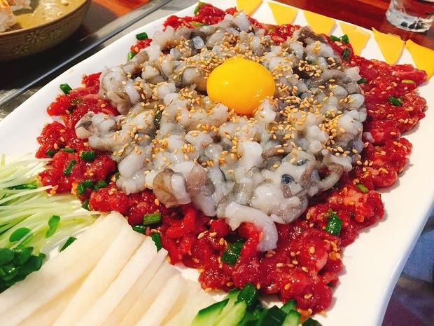 Nhìn những món ăn nổi tiếng Hàn Quốc này, đảm bảo rất nhiều người muốn... bỏ chạy - Ảnh 3.