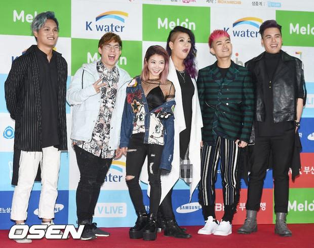 Thảm đỏ Asian Song Festival: Đông Nhi được báo Hàn khen ngợi hết lời, sánh bước bên loạt sao thế giới - Ảnh 15.