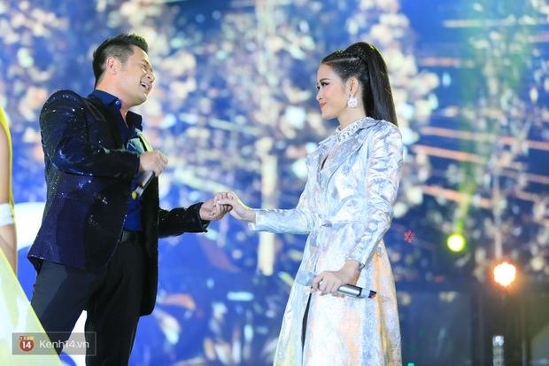 Bằng Kiều song ca Đông Nhi: Sân khấu kết hợp bất ngờ khiến cộng đồng fan dậy sóng - Ảnh 6.