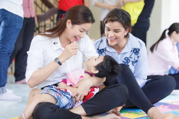 Phạm Hương, Lệ Hằng cùng Hoa hậu Dominica giản dị về Củ Chi làm từ thiện - Ảnh 3.