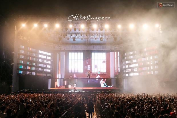 Đêm diễn The Chainsmokers: Chưa bao giờ Việt Nam có một show EDM xịn đét đến như vậy! - Ảnh 16.