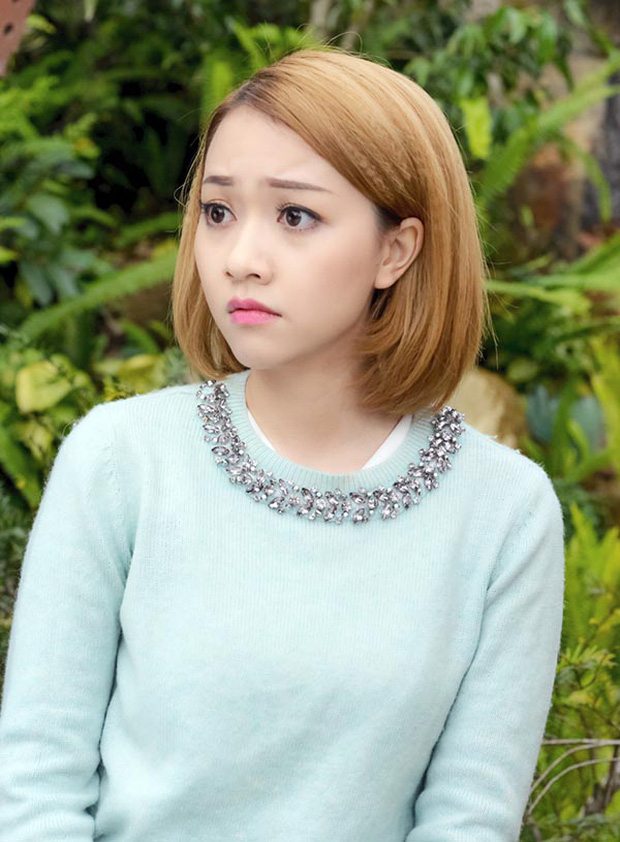 Cùng 2 người đẹp Băng Di - Trang Pháp trở lại trường học theo cách đặc biệt nhất - Ảnh 4.