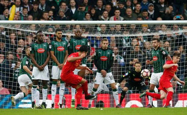 Dàn sao Premier League trị giá gần 800 triệu bảng ngồi dự bị ở Cúp FA - Ảnh 2.