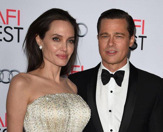 Angelina Jolie - Brad Pitt đã tái hợp, xúc động khóc òa và ôm chầm lấy nhau khi gặp mặt - Ảnh 1.