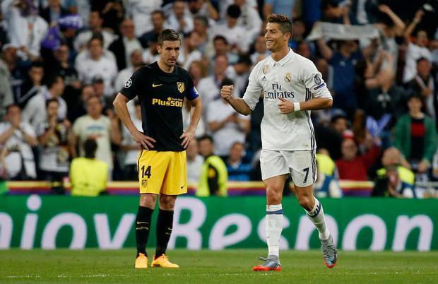 Ronaldo giỏi hơn Messi và bất cứ ngôi sao nào khác - Ảnh 1.