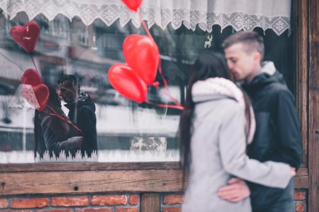 """""""Làm thế nào khi tình yêu không chọn tôi?"""" - Ảnh 2."""
