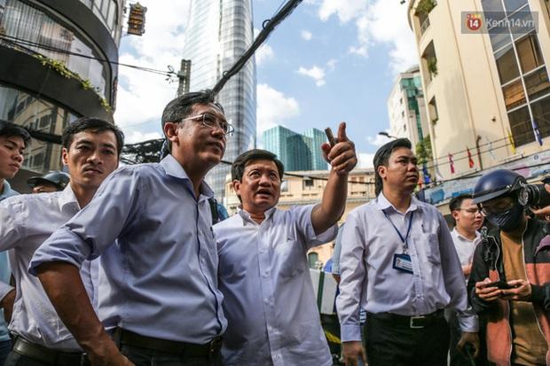 Người Sài Gòn nói gì khi vỉa hè ở trung tâm quận 1 đã được giành lại sau 7 ngày ra quân quyết liệt - Ảnh 1.