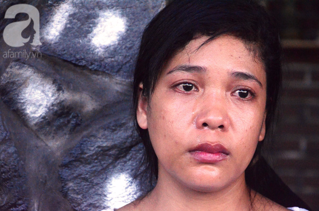 Mẹ bé gái 13 tuổi tự tử nghi do hàng xóm xâm hại: Gia đình người đàn ông ấy vẫn chửi bới, đe dọa tôi - Ảnh 1.