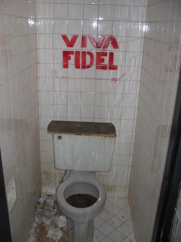 10 sự thật dị đến mức khó tin về chuyện sử dụng nhà vệ sinh trên thế giới - Ảnh 1.