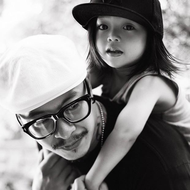 Gia đình mê sneakers Việt Max-Stu-Pid: Với chúng tôi, thời trang như niềm vui mỗi ngày, nó vừa quan trọng vừa không quan trọng - Ảnh 4.