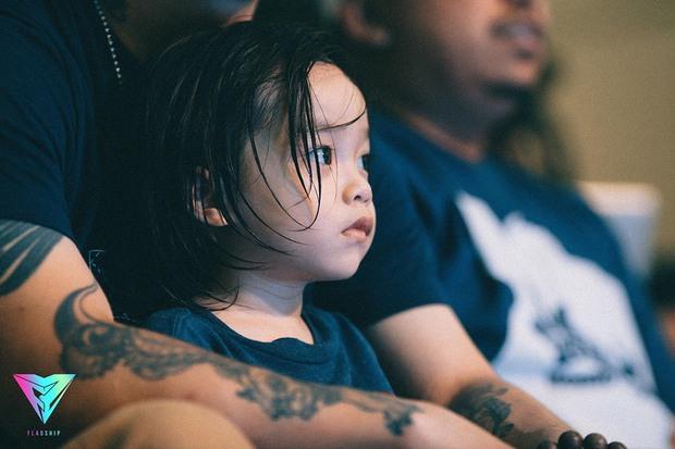 Gia đình mê sneakers Việt Max-Stu-Pid: Với chúng tôi, thời trang như niềm vui mỗi ngày, nó vừa quan trọng vừa không quan trọng - Ảnh 8.