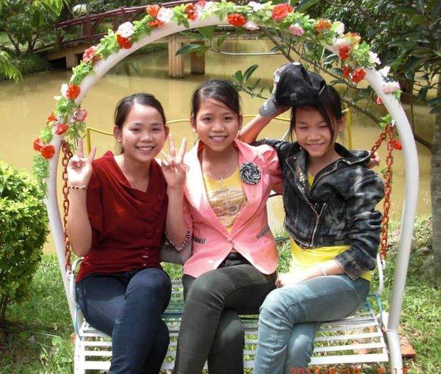 Gặp người phụ nữ đã có 13 con, vào Sài Gòn lại sinh đôi lên 15 đứa: Biết là đông con vất vả nhưng chúng tôi rất vui - Ảnh 3.