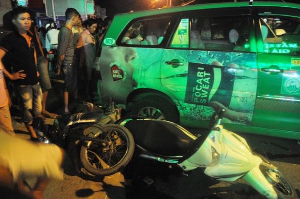 Vụ xe điên tông 12 phương tiện, khiến 2 người chết: Tài xế say xỉn chạy quá tốc độ - Ảnh 2.