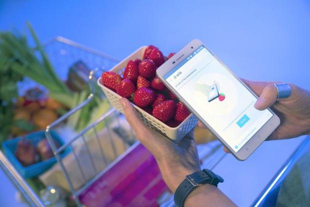 8 ý tưởng kỳ dị trên smartphone từng bị chê nhưng thực ra không tệ đến thế - Ảnh 2.