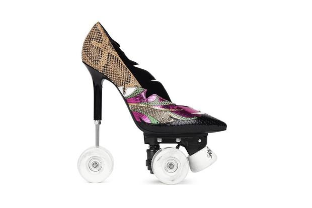 Saint Laurent sẽ khiến bạn hết hồn với mẫu giày cao gót kiêm giày trượt patin trị giá 59 triệu đồng - Ảnh 4.
