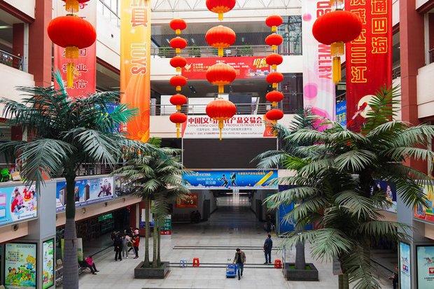 Bên trong công xưởng lớn nhất Trung Quốc, nơi các sản phẩm Made in China được gửi ra toàn cầu - Ảnh 3.