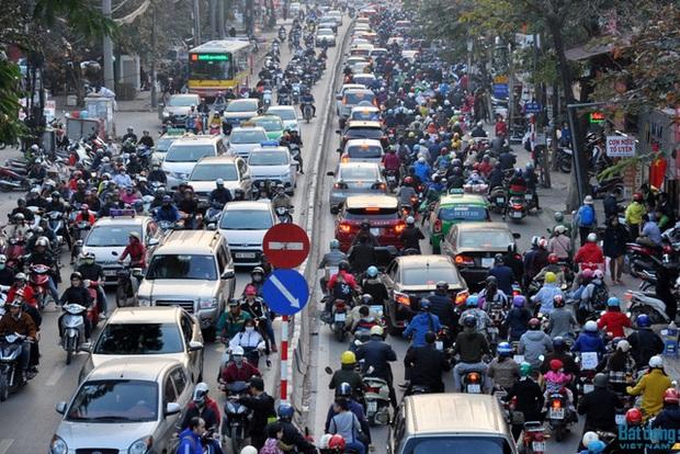 Hà Nội sẽ thu phí phương tiện giao thông ở một số khu vực có nguy cơ ùn tắc - Ảnh 1.