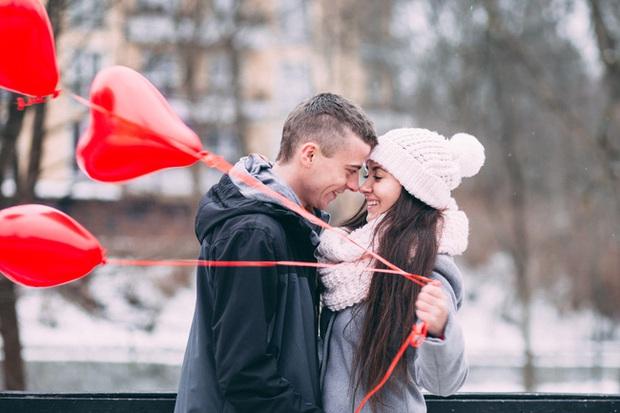 9 đặc điểm của người đàn ông yêu bạn chân thành - Ảnh 2.