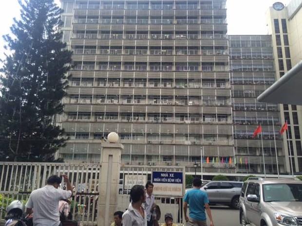 TP. HCM: Người phụ nữ bị đánh ghen hội đồng trong bệnh viện Chợ Rẫy - Ảnh 1.