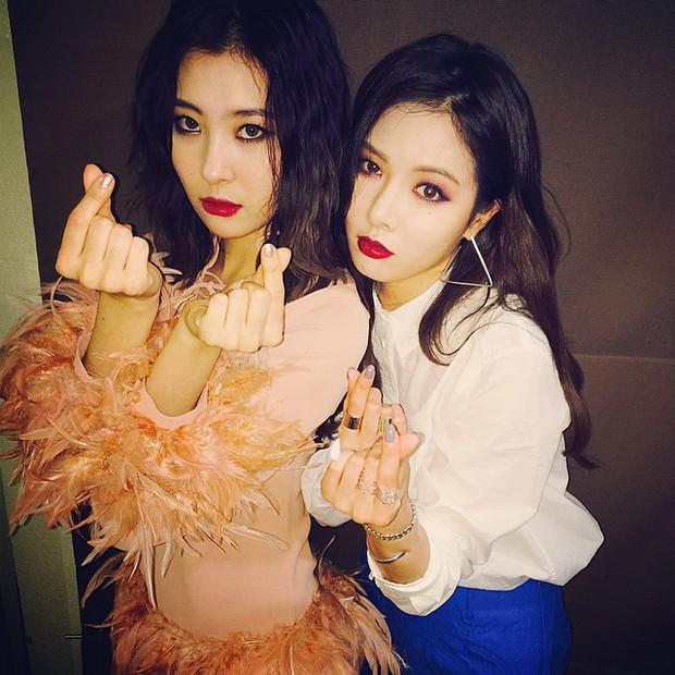 HyunA và Sunmi: Cùng là cựu Wonder Girls nhưng hai số phận solo - Ảnh 2.