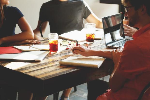 Học tập thế nào để ra trường tránh được nguy cơ thất nghiệp? - Ảnh 2.