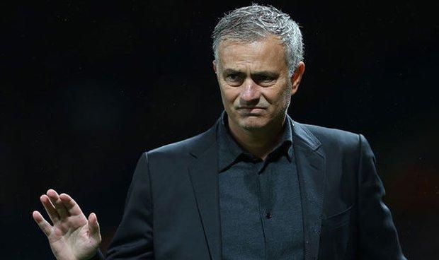 MU nổ vang, Mourinho vẫn mắng rát mặt học trò - Ảnh 2.