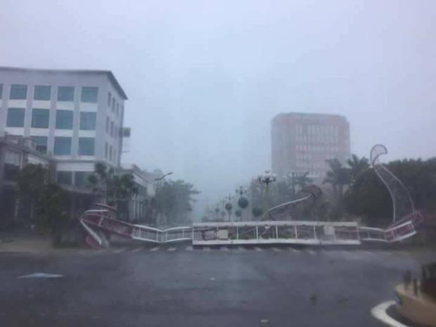 Bão số 10 đổ bộ vào đất liền, vùng tâm bão mưa to, gió giật mạnh - Ảnh 41.