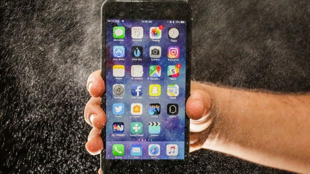 iPhone 8 hấp dẫn đấy nhưng giờ lại là lúc tốt nhất để mua iPhone 7 - Ảnh 2.