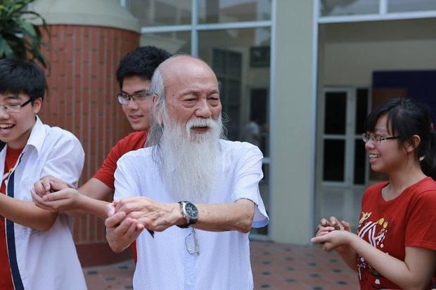 PGS Văn Như Cương: Cả đời vì sự nghiệp giáo dục, được biết bao thế hệ học sinh kính trọng, yêu mến và ngưỡng mộ - Ảnh 2.