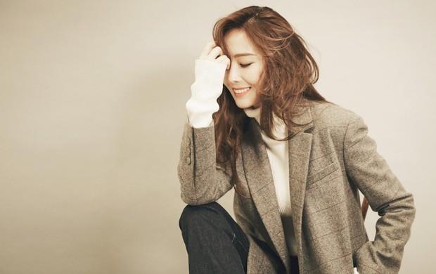 3 thành viên SNSD rời SM, netizen thấy tội cho Jessica - Ảnh 1.
