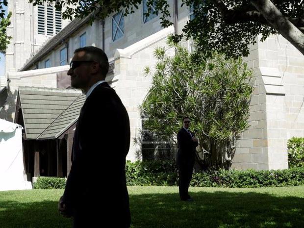 Cận cảnh Đội mật vụ bảo vệ Tổng thống Mỹ Donald Trump - Ảnh 16.