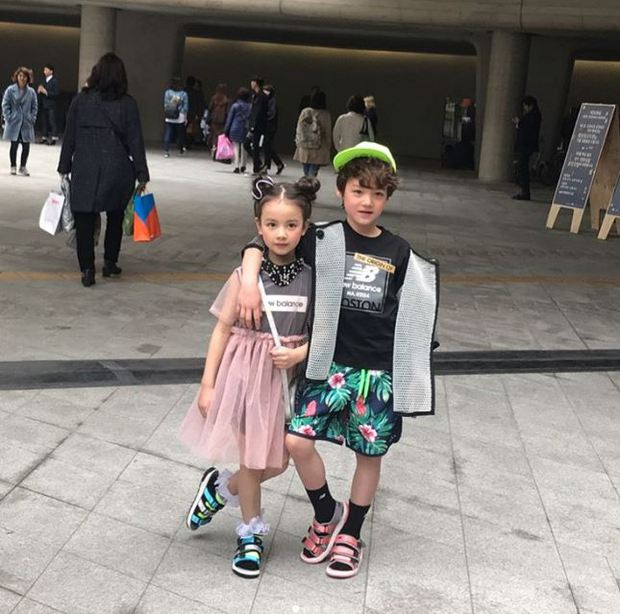 Cứ mỗi mùa Seoul Fashion Week đến, dân tình lại chỉ ngóng xem street style vừa cool vừa yêu của những fashionista nhí này - Ảnh 20.