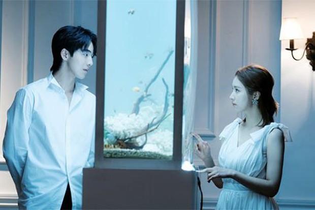 """Nam Joo Hyuk: Diễn xuất tụt dốc vì thiếu """"gấu nhà"""" Lee Sung Kyung? - Ảnh 2."""