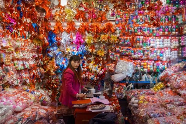Bên trong công xưởng lớn nhất Trung Quốc, nơi các sản phẩm Made in China được gửi ra toàn cầu - Ảnh 5.