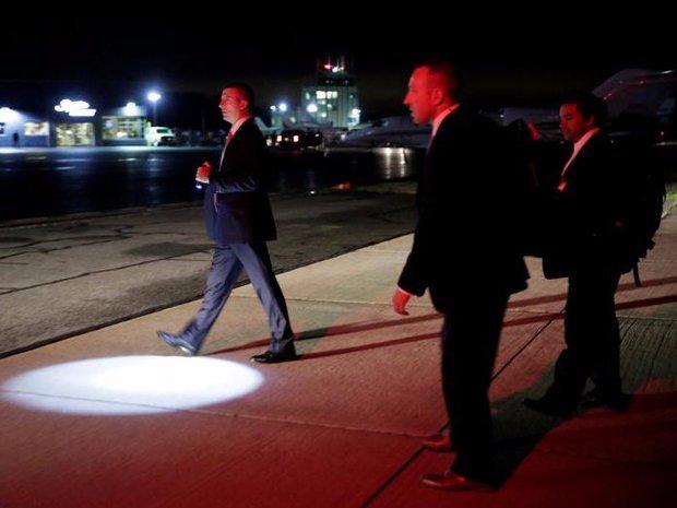 Cận cảnh Đội mật vụ bảo vệ Tổng thống Mỹ Donald Trump - Ảnh 3.