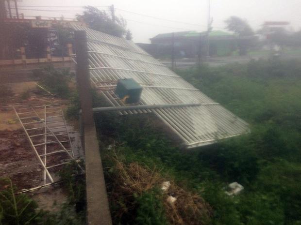 Bão số 10 đổ bộ vào đất liền, vùng tâm bão mưa to, gió giật mạnh - Ảnh 29.