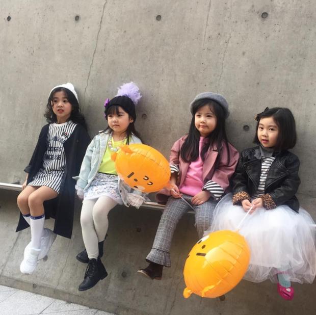 Cứ mỗi mùa Seoul Fashion Week đến, dân tình lại chỉ ngóng xem street style vừa cool vừa yêu của những fashionista nhí này - Ảnh 23.