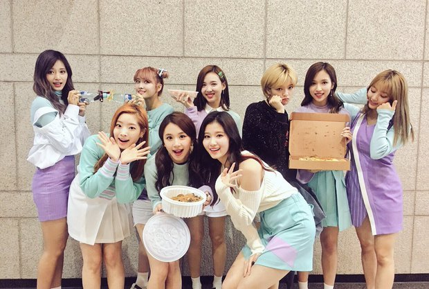 Những cái tên đình đám của Kpop nào dự sẽ xuất hiện tại MAMA 2017 ở Việt Nam? - Ảnh 4.