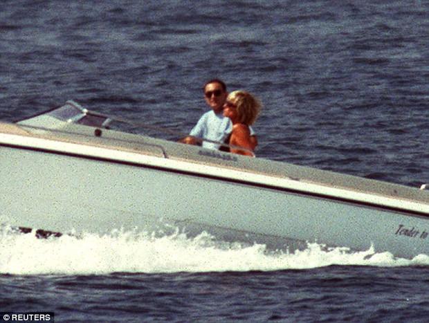 Thư ký riêng của cố Công nương Diana tiết lộ nhiều bí mật giấu kín về đời tư của bà - Ảnh 4.