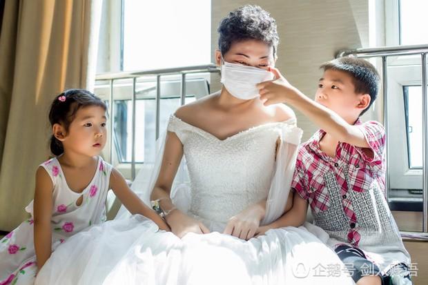 Bức ảnh cưới trong nước mắt và món quà cuối cùng của người vợ dành tặng cho chồng - Ảnh 6.