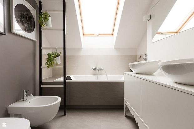 14 thiết kế phòng tắm gác mái vừa nhìn qua đã thích ngay .
