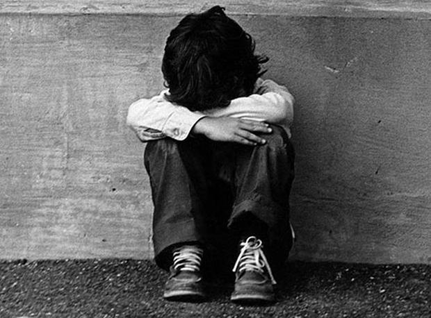 Ám ảnh với những hình phạt đáng sợ dành cho học sinh trên khắp thế giới - Ảnh 6.